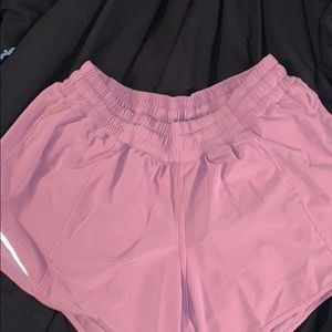 mauve lululemon shorts